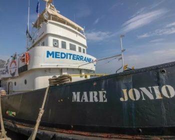 """Nave """"mare Jonio"""" di Mediterranea"""